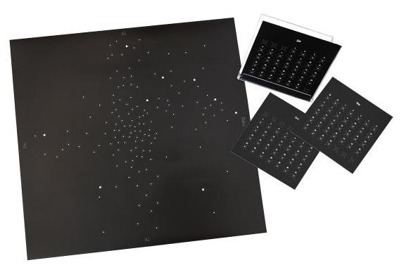 まちかど情報室|1年の「喜怒哀楽」を星座のように表現できる紙